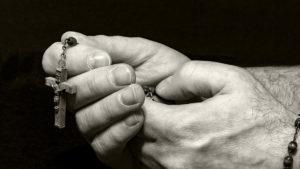 terminar como el rosario de la aurora