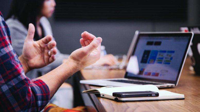 Cómo mejorar la impresión y el ambiente en tu lugar de trabajo