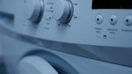 Para qué se usa el papel de aluminio en la lavadora